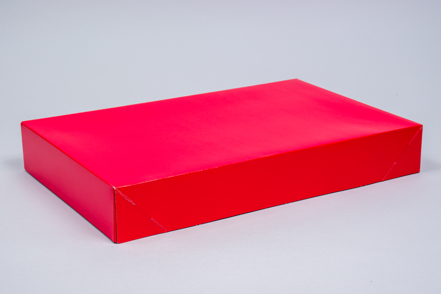 17 x 11 x 2.5 RED GLOSS APPAREL BOX