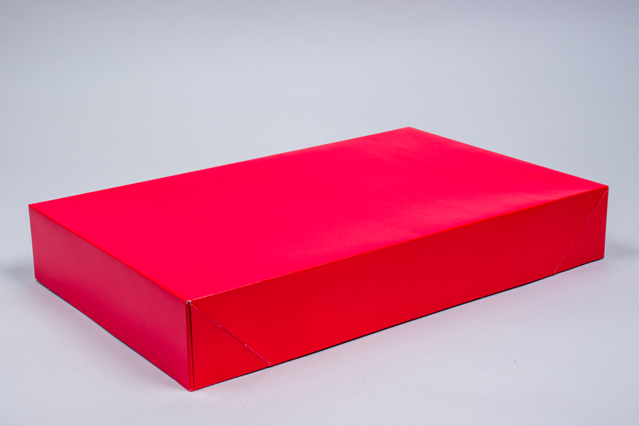 19 x 12 x 3 RED GLOSS APPAREL BOX