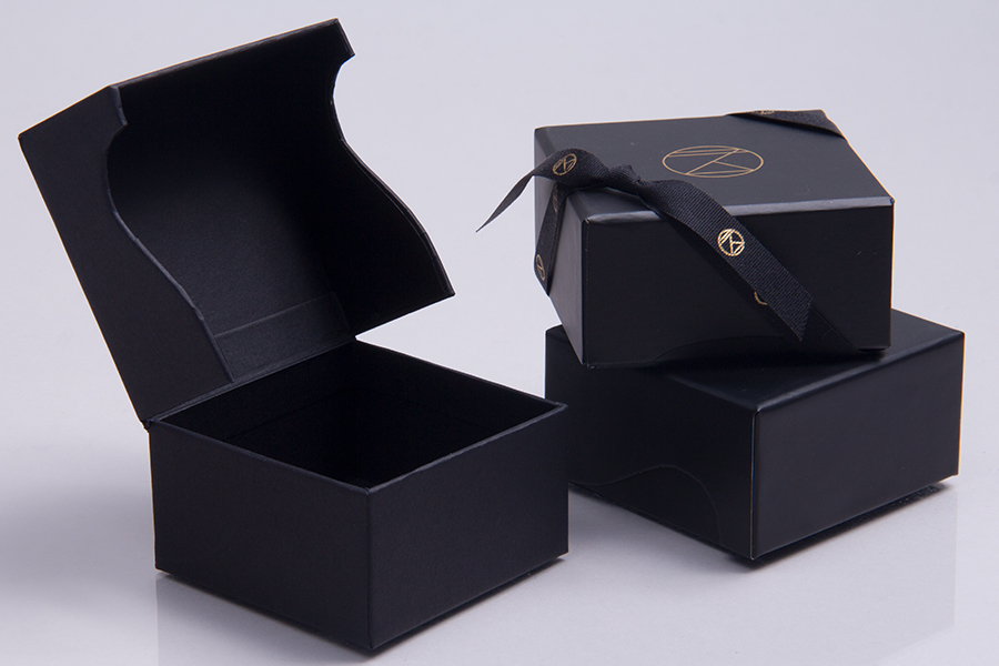 Custom Printed Giftware Boxes with Hot Stamp and Ink  Printing - Nomad Hotel