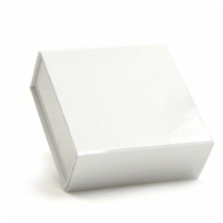 3-5/8 x 3-1/2 x 1-1/2 WHITE GLOSS MAGNETIC GIFT BOX