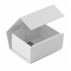 2-5/8 x 2 x 1-3/16 WHITE GLOSS MAGNETIC GIFT BOX