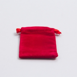 3 x 3 RED VELVET DRAWSTRING POUCHES