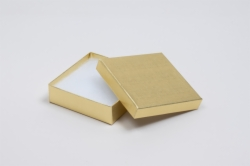 (#33) 3-1/2 x 3-1/2 x 1 GOLD LINEN JEWELRY BOXES